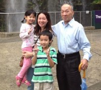 5-year old Hong Yu with her mom, Ms Choo and her 81-year old grandad.