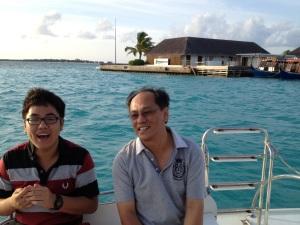 Roland and Jun-Yi having a joyous time out at the sea at the Maldives (June 2012).