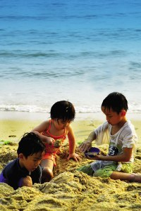 Palawan Beach is popular with families. Photo source: www.sentosa.com.sg